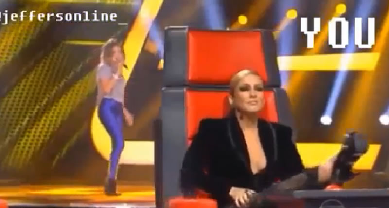 Claudia Leitte imitando as juradas gringas do The ...
